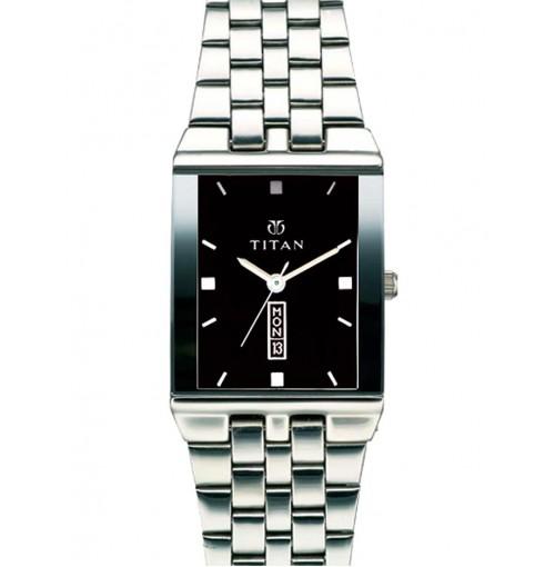 Titan 1918SM04 Men's Watch
