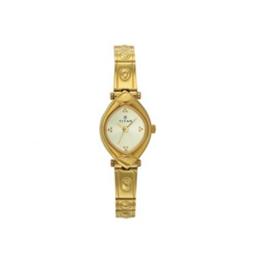 Titan 2417YM02 Women's Watch